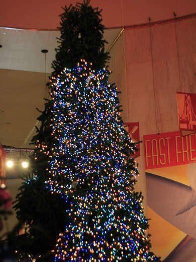 how to determine burnt christmas tree bulbs 12 bad decorations bob vila