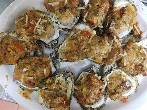 tin top restaurant and oyster bar alabama s best oyster bar the 10 places we re visiting al com