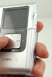 best mp3 player for your money samsung what you get for your money yepp yh 925gs
