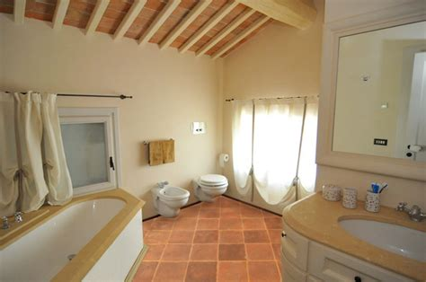 Terracotta Floors   Mediterranean   Bathroom   San