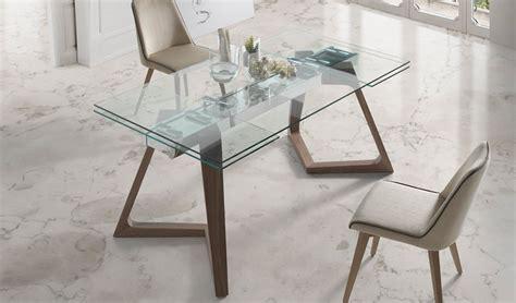 mesas de comedor cristal mesa comedor extensible con tapa de cristal y patas de madera