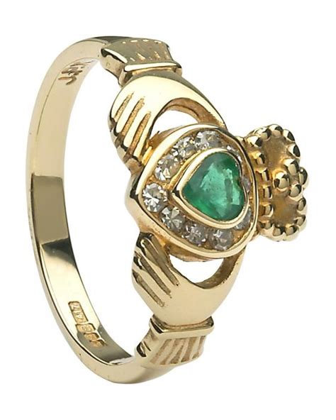 claddagh ring gold claddagh with emeralds and diamonds