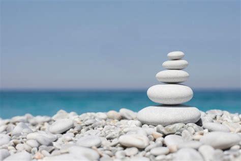 imagenes zen fondo pantalla piedras zen cerca del mar 16342
