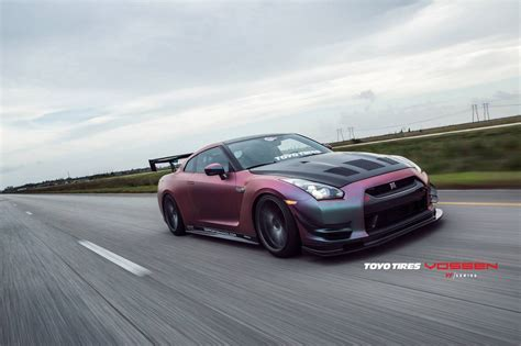 Neo Chrome Plasti Dip Nissan GT R With Array of Mods is