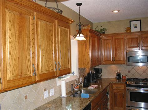 Oak Kitchen Cabinet Kitchen Cabinets Golden Oak Quicua