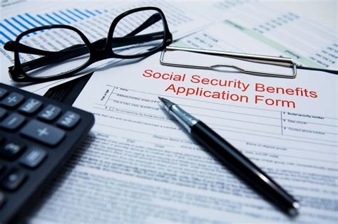 Nevada Collecting Social Security On Application How Much Money Does The Average American Get From Social