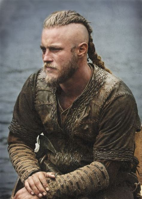 ragnar lodbrok haircut ragnar lothbrok hd movie wallpapers my extra board