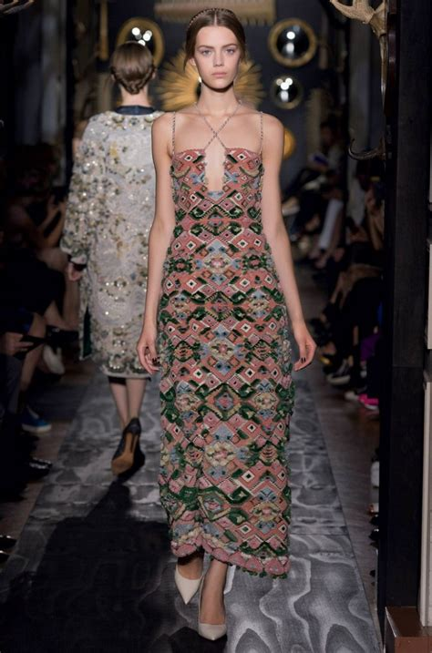 Top 9 Valentino Dresses by Haute Couture Autumn Winter 2013 Top 10 Dresses