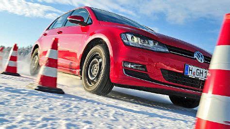 Auto Bild Sportscars Winterreifentest 2015 by Winterreifen Aktuelle Tests Und Preisvergleich Autobild De