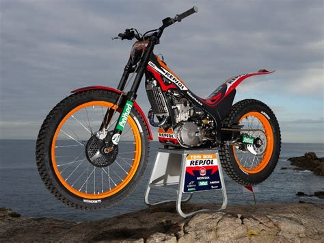 trials and motocross bikes for 10 best trial bikes images on pinterest bicycle dirt