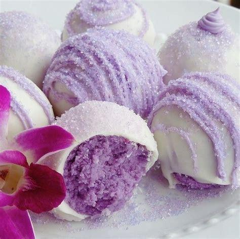 Teh Kuncup Bunga Mawar 10 bunga pada kue cantik ini ternyata bisa dimakan lho