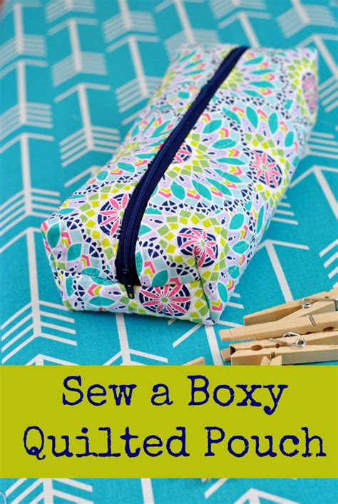 quilted zippered pouch pattern how to sew a boxy quilted zipper pouch