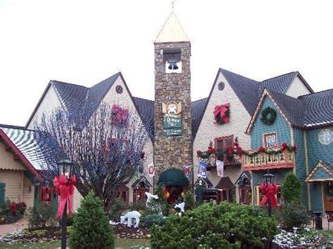 christmas store gatlinburg