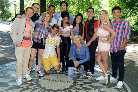 junes top celebrity pictures photos abc news teen beach 2 cast picture june s top celebrity pictures