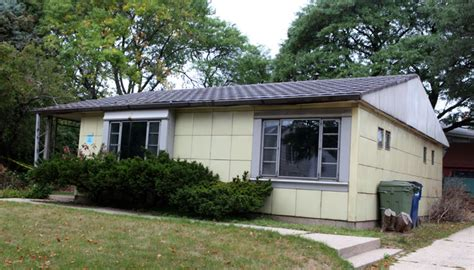 post wwii house model in preservation controversy