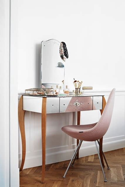 small bedroom mirrored dressing table small spaces houseandgarden co uk