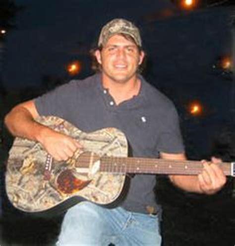 thomas rhett fan club country singer rhett akins is a big fan of the boys