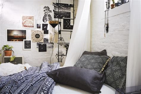 Outfitters Inspired Bedroom by Applying Moroccan Inspired Bedding Theme Ifresh Design