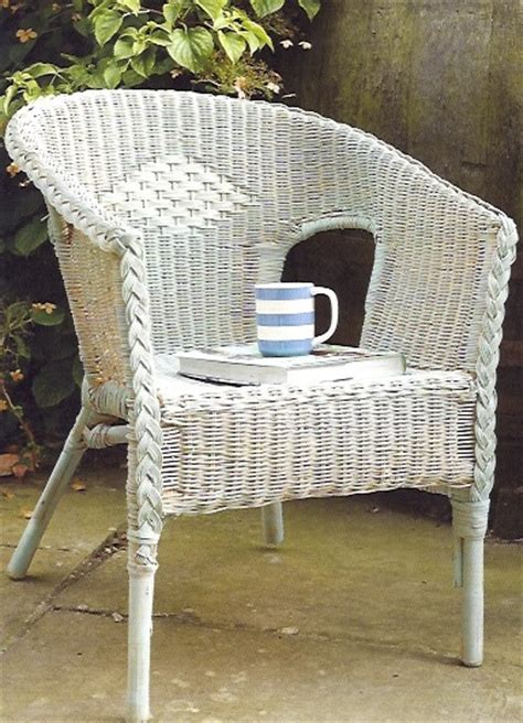 brocante home collection s paintbrush and pearls painting outdoor furniture with chalk paint 174