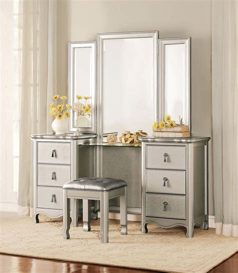 Vanity And Dresser by Homelegance Toulouse Vanity Dresser With Mirror