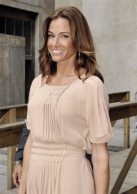 kelly real housewives of new york housewives star kelly bensimon agrees to community