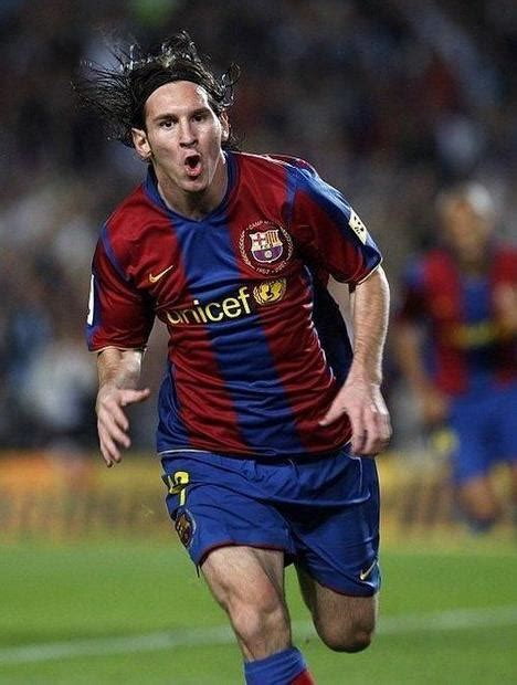 biography of lionel messi in spanish footballer messi now immortalized in the spanish language
