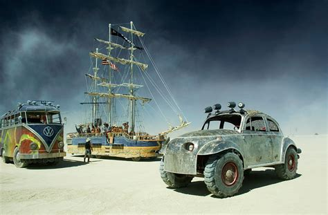 Building A Workshop by Mutant Vehicles Burning Man