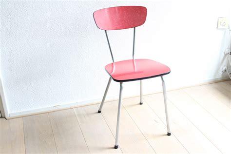 de rode stoeltjes de rode stoeltjes latest latest stoel rode meubelen met