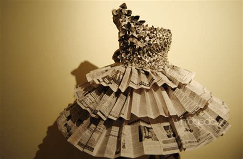 How To Make A Dress Out Of Wrapping Paper - 26 amazing paper dresses collection and ideas