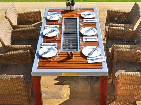 Du Mba Orientation Bbq by Table Barbecue Zoom Sur La Table Avec Barbecue Int 233 Gr 233 E