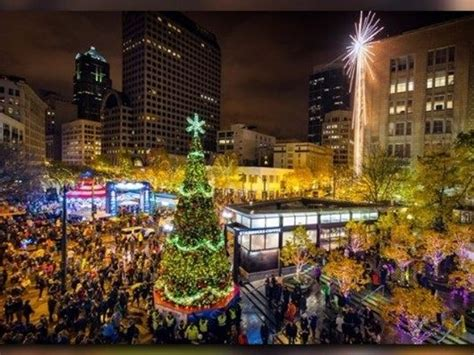 christmas tree lighting seattle seattle downsizes tree lighting celebration king5