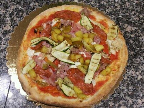 pizza si pavia ristorante pizzeria fuego in pavia con cucina italiana