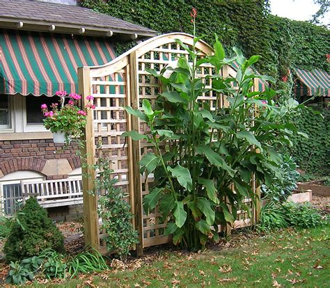Wood Lattice Trellis Arched Square Lattice Wood Vine Trellis By Elyria Fence