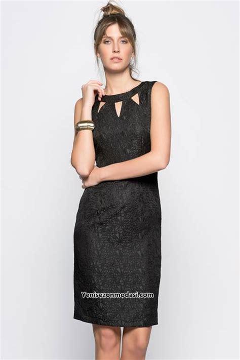 siyah kisa mini 2015 elbise modeli kadinlive com koton kabartma desenli siyah pencereli yaka kisa elbise