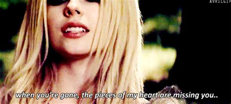avril lavigne when youre gone official when you re gone gifs wifflegif