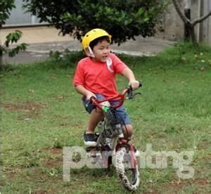 Celana Naik Sepeda anak berani belajar naik sepeda