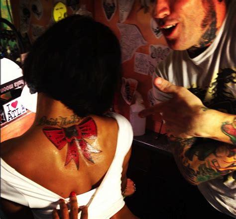 joseline hernandez tattoos joseline hernandez gift wraps herself with new