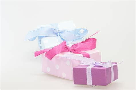pink christmas gifts christmas decore