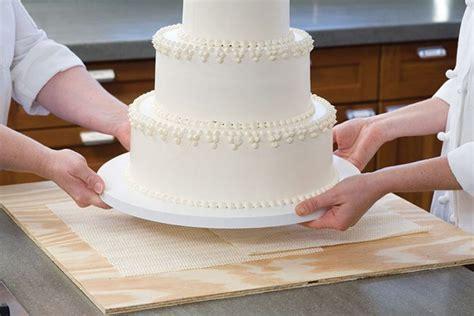 The Best Wedding Cake Recipes Ever!!!     TopWeddingSites.com
