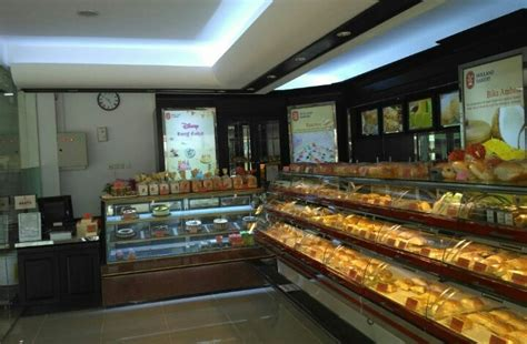 holland bakery discount    produk  botania