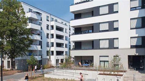 wohnungen in karlshorst berlin hat nur noch platz f 252 r 155 000 wohnungen b z berlin