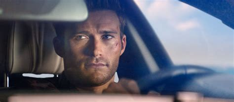 aktor film overdrive actor scott eastwood interview on overdrive classic cars