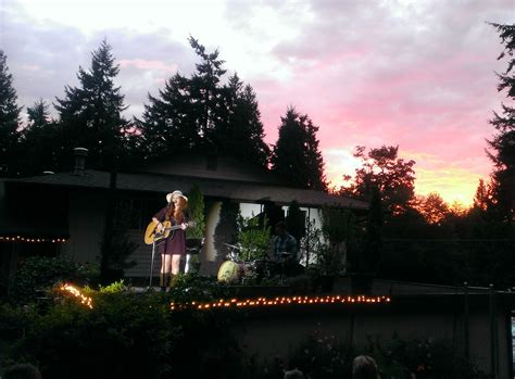 backyard concerts jenn grinels backyard concert 1000 wonderful things