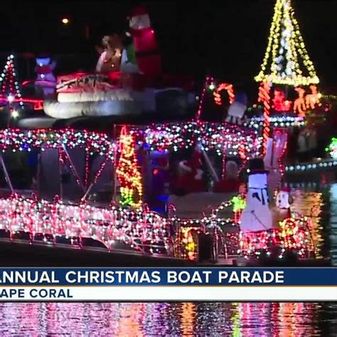 cape coral boat parade cape coral s 42nd annual holiday boat parade