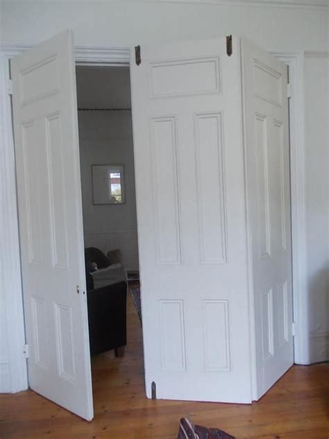 Fitting Room Partitions by 25 Best Ideas About Room Divider On