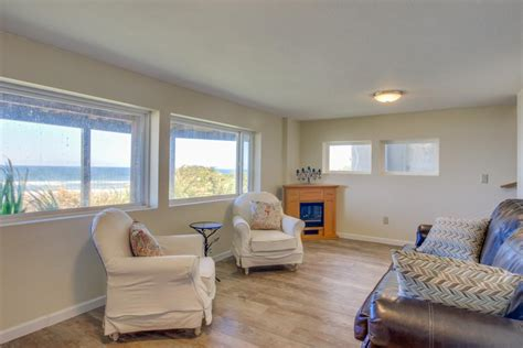 Nye Cottage by Nye Oceanfront Cottage 3 Bd Vacation Rental In