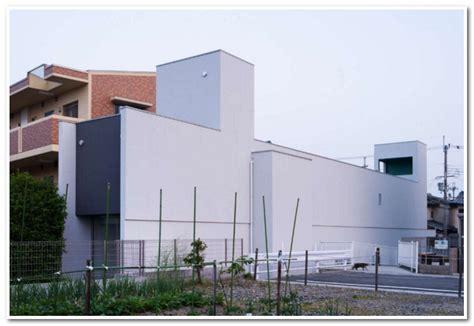 Desain Rumah Sempit Jepang | inspirasi desain rumah sempit minimalis modern ala jepang