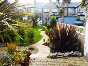 Narrow Backyard Ideas 1000 Images About Thin Pretty Garden On Gardens Garden Makeover And Backyards