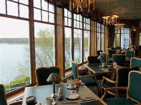 Grandview Motel Dining Room by Delightful View Of Lake Geneva In The Grandview Restaurant