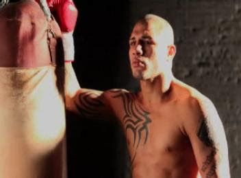 manny pacquiao tattoo pacquiao vs cotto live roach cotto likes his new tattoos
